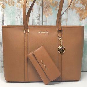 Nwt Michael bundle Sady laptop Bag with wallet